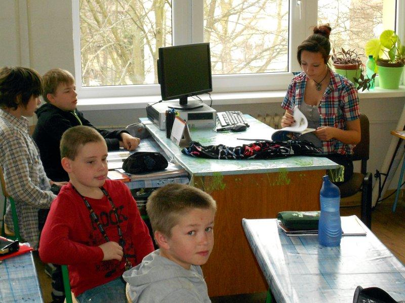 den-ucitelov-12-010_20120331_1963221564.jpg